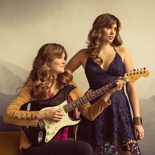 Custom WordPress web design for country music duo The Belles.